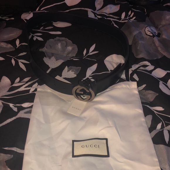 Gucci Accessories - Brand New Women's Gucci Navy Blue Belt